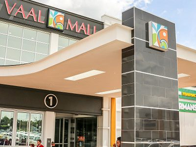 Vaal Mall's fresh new retail attracts shoppers plus double digit growth