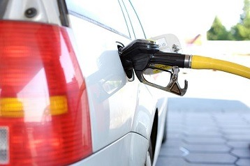 Petrol price drops on Wednesday
