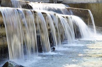 Dam levels hold despite heatwave