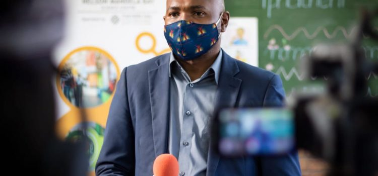 Mandela Development Agency supports hot spot school